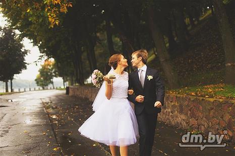 Фото короткие свадебные платья с фатой